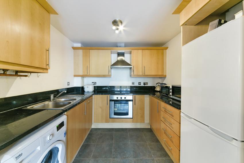 GAINSBOROUGH HOUSE, 39 (2)_low